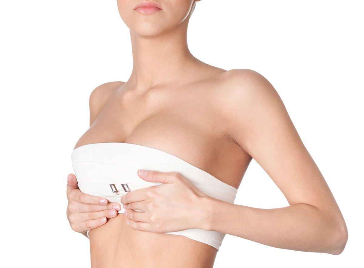 Chăm sóc sâu nâng ngực đúng cách để đạt kết quả thẩm mỹ như ý