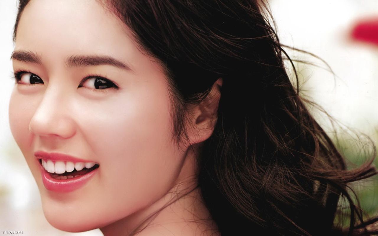 Dáng mũi S line đặc biệt phù hợp với gương mặt của phụ nữ Á Đông