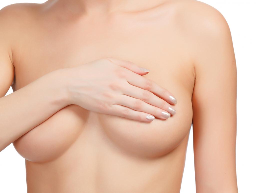 """Hãy bỏ thói quen thả rông nếu không muốn ngực bị """"mướp hóa"""""""