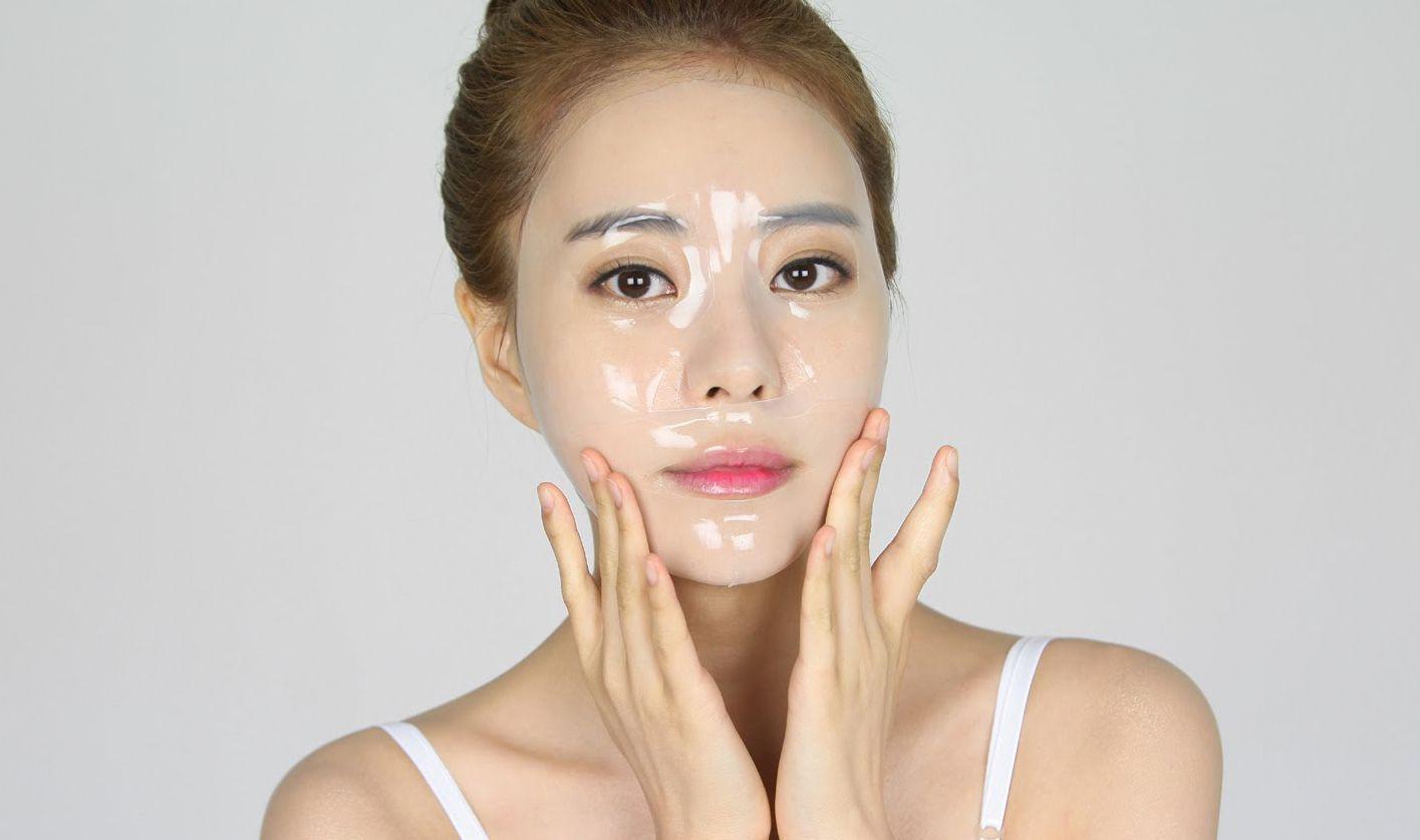 Mặt nạ làm sạch được xem là bước hỗ trợ để giúp lớp mặt nạ dưỡng phát huy công dụng tốt nhất.