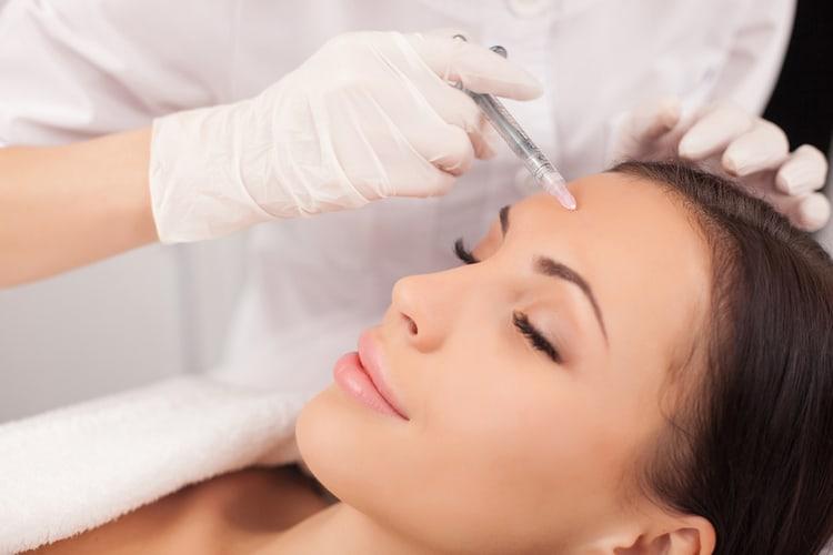 Tiêm botox đảm bảo an toàn nếu được thực hiện bởi bác sĩ chuyên môn giỏi