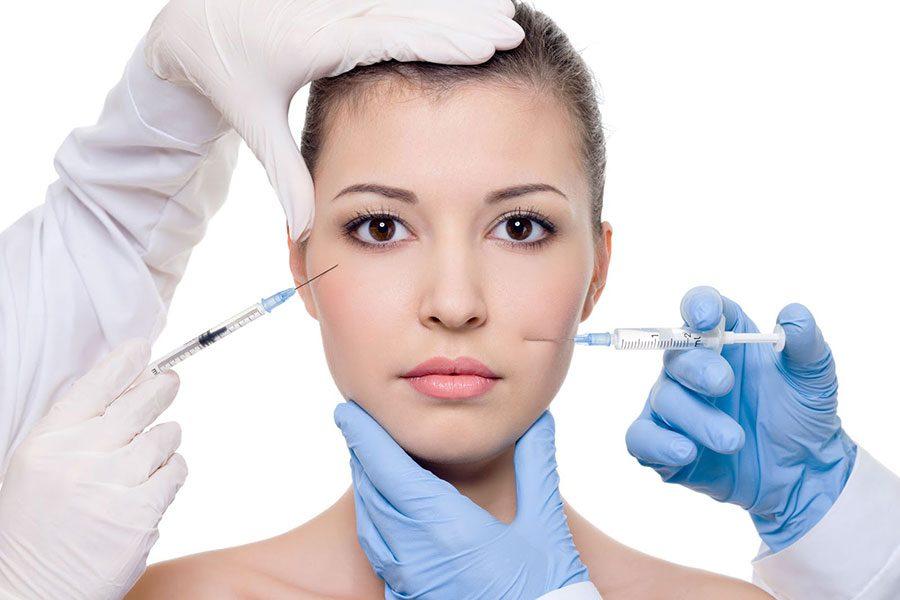 Tiêm botox giúp làm thon gọn mặt và hạn chế các nếp nhăn, trẻ hóa da