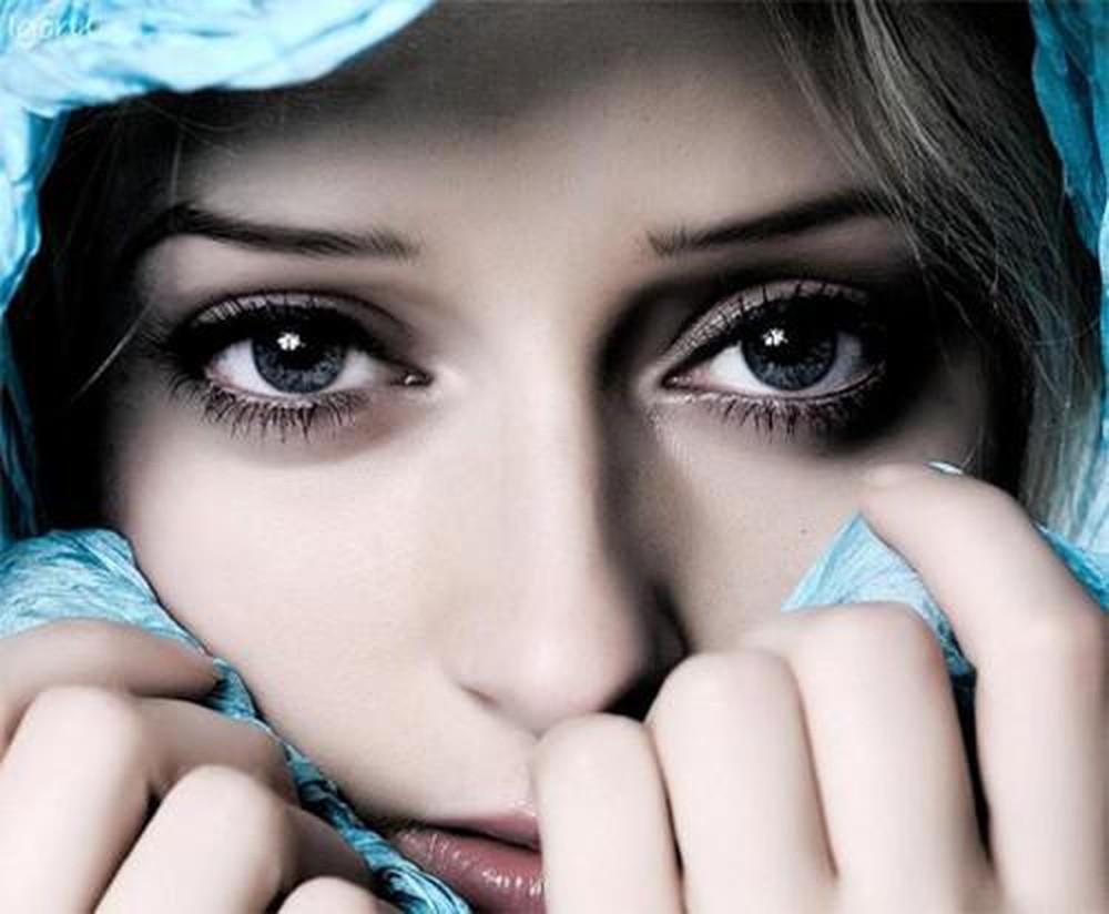 Tùy thuộc vào tình trạng mắt của bạn mà bác sĩ sẽ tư vấn mắt sâu có nên cắt mí không