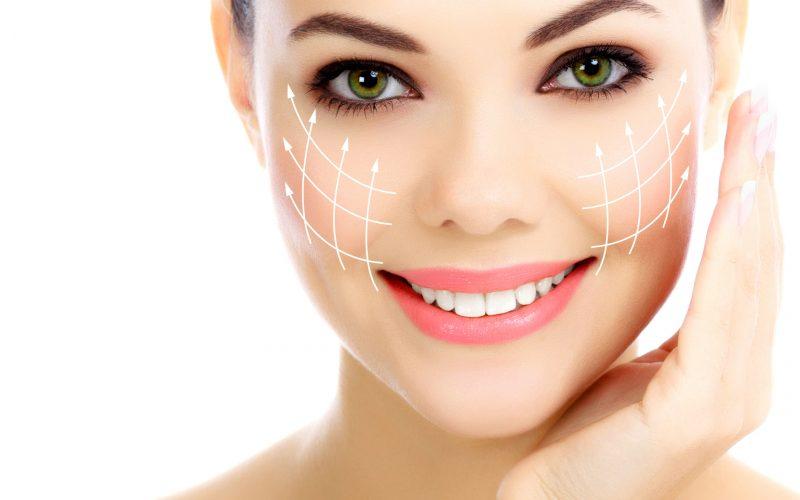Căng da mặt bằng chỉ giúp trẻ hóa làn da