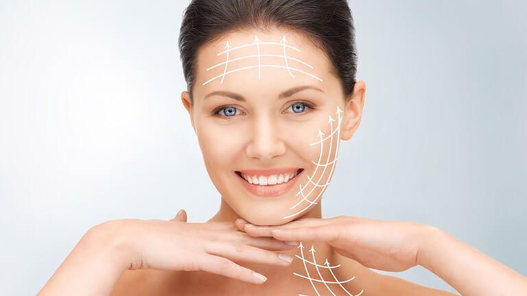 Căng da mặt nội soi cắt bỏ da thừa là gì?