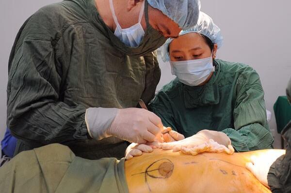 Những ưu điểm vượt trội khi thực hiện treo ngực sa trễ tại Venus
