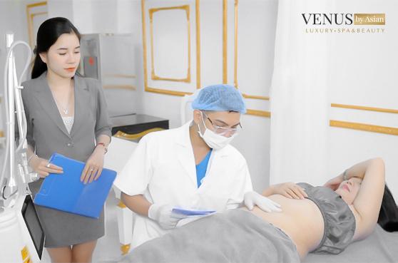 Điều trị rạn da tại Venus By Asian.
