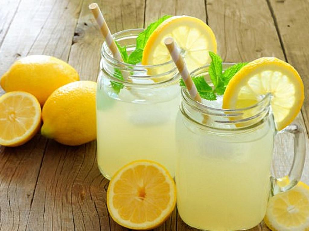 Nha đam và nước cốt chanh là 2 công thức hoàn hảo trị sạch rạn