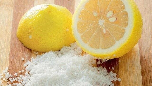 Cách giảm mỡ bụng bằng muối và chanh
