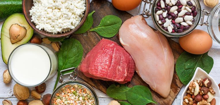 Các thực phẩm có nhiều protein sẽ giúp bạn có cảm giác no lâu