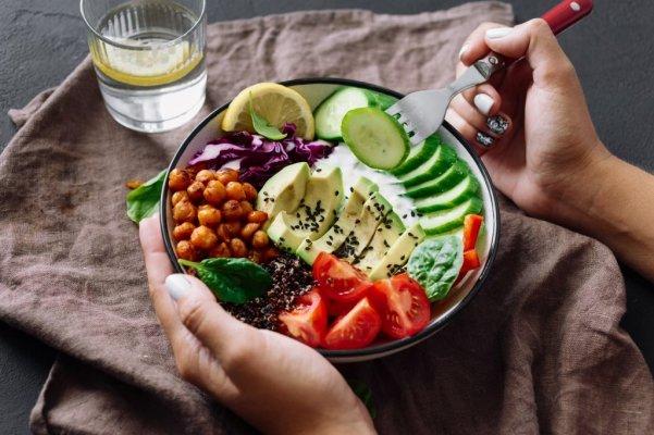 Nên bổ sung nhiều thực phẩm ít calo