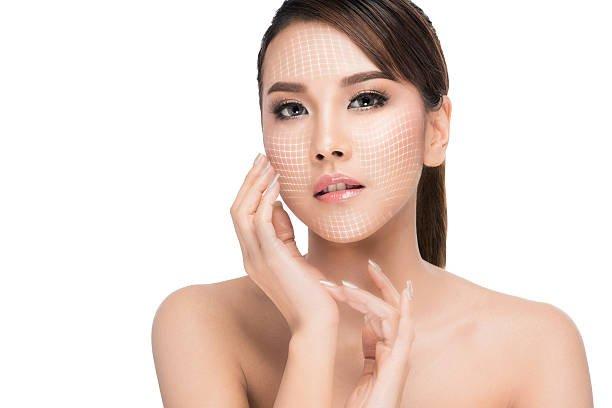 Căng da mặt có đau không?