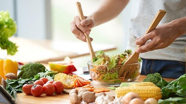 Có chế độ ăn uống khoa học để đốt cháy mỡ thừa nhanh hơn