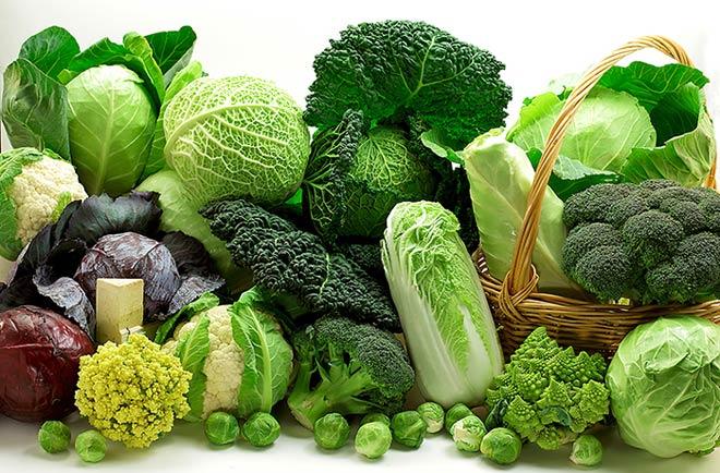 Uống nhiều nước, ăn nhiều rau xanh