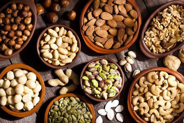 Các loại hạt giúp giảm mỡ nọng cằm