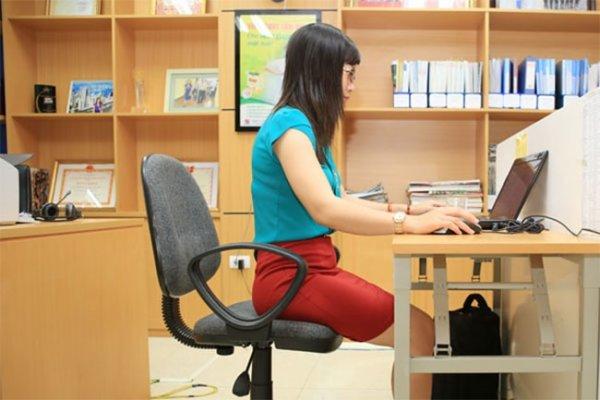 Giảm mỡ bụng cho dân văn phòng từ tư thế ngồi