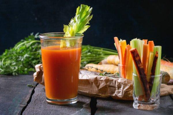 Cần tây, cà rốt: bộ đôi giảm béo mặt hiệu quả
