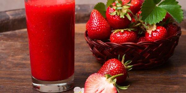 Nước ép dâu tây là thức uống giảm mỡ bụng hiệu quả