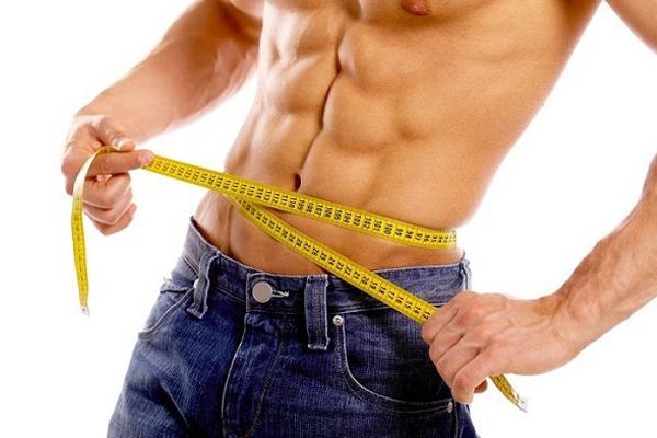 Nên giảm lượng calo nạp vào cơ thể khi giảm cân