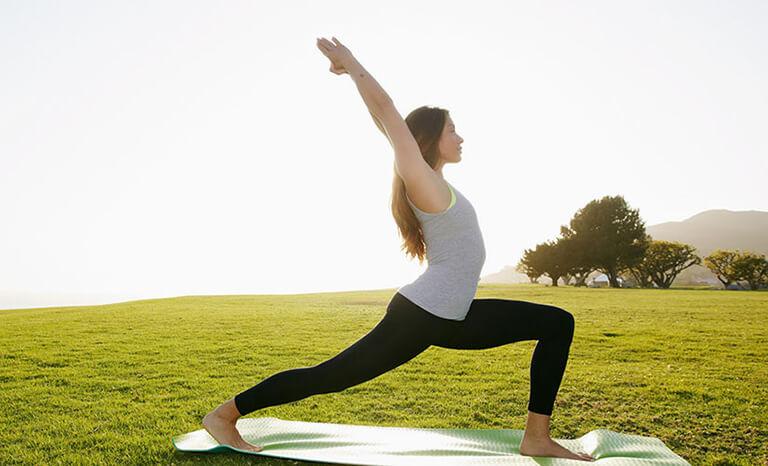 Những lưu khi tập yoga giảm mỡ bụng cho người mới tập