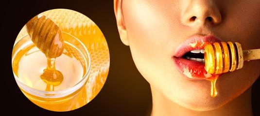 Mật ong: nguyên liệu trị thâm và làm hồng môi tự nhiên