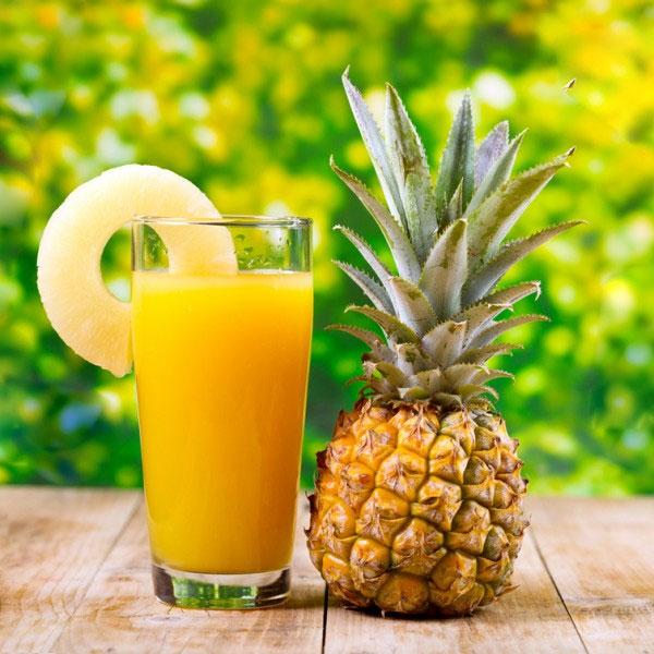 Nước ép dứa chứa hàm lượng vitamin C cao