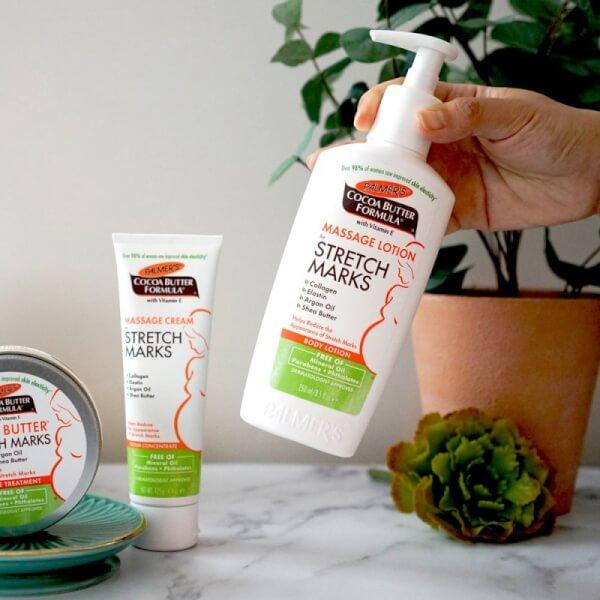 Kem Palmer's Massage Cream For Stretch Marks giúp dưỡng ẩm, giảm rạn