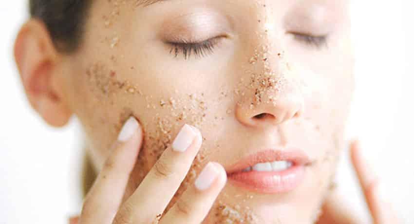 Để phòng ngừa da mặt sần ngứa tái phát lại bạn cần tuân thủ các lưu ý