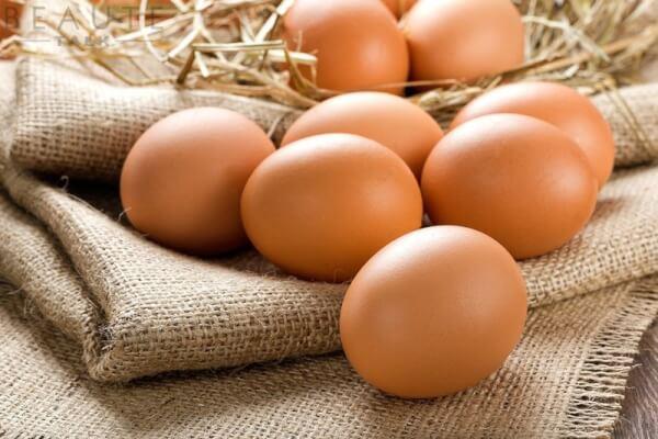 Trẻ hóa da mặt bằng trứng gà