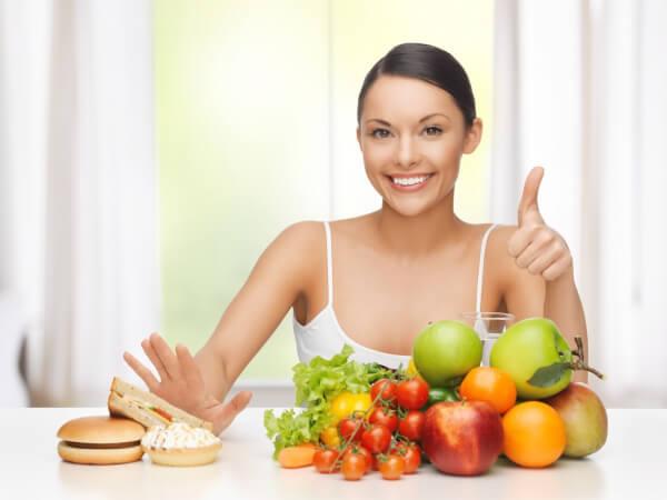 Ăn nhiều thực phẩm từ thiên nhiên chứa nhiều vitamin