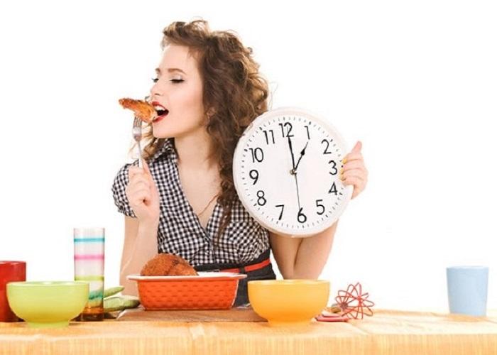 Béo bụng dưới do ăn nhiều đồ ăn chứa dầu mỡ