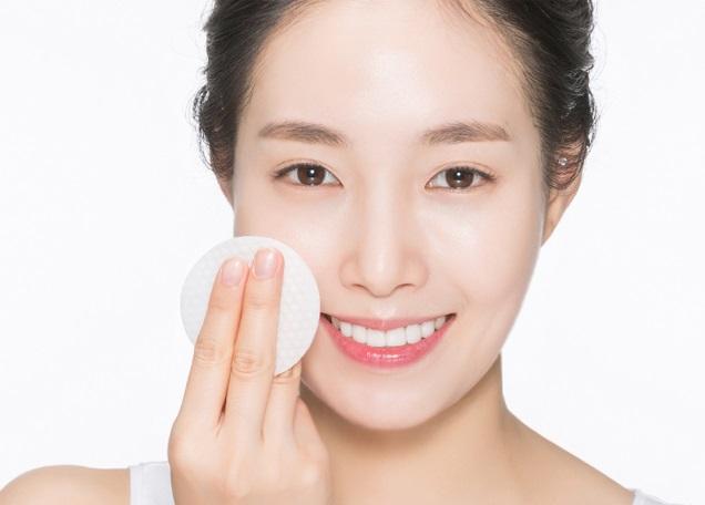 Chăm sóc da mặt thật kỹ để làn da càng khỏe mạnh, dẻo dai