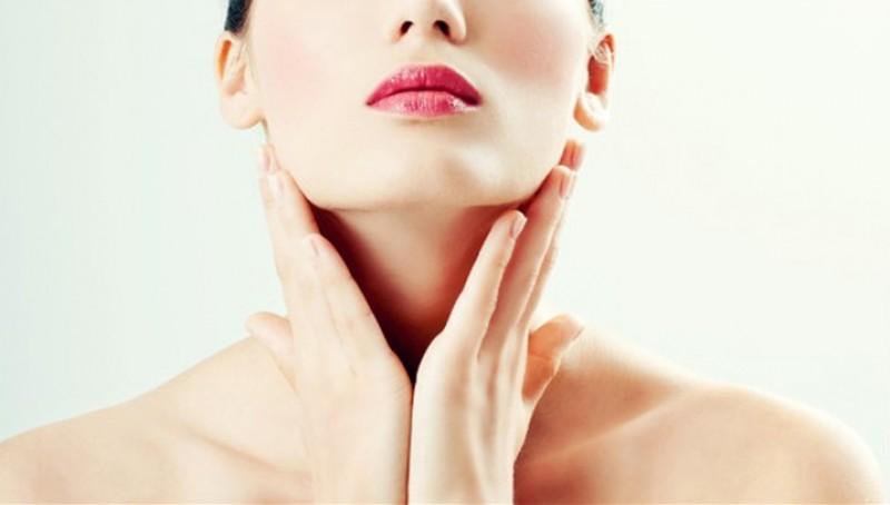Da cổ bị sần và ngứa đỏ là một phản ứng bảo vệ của cơ thể.
