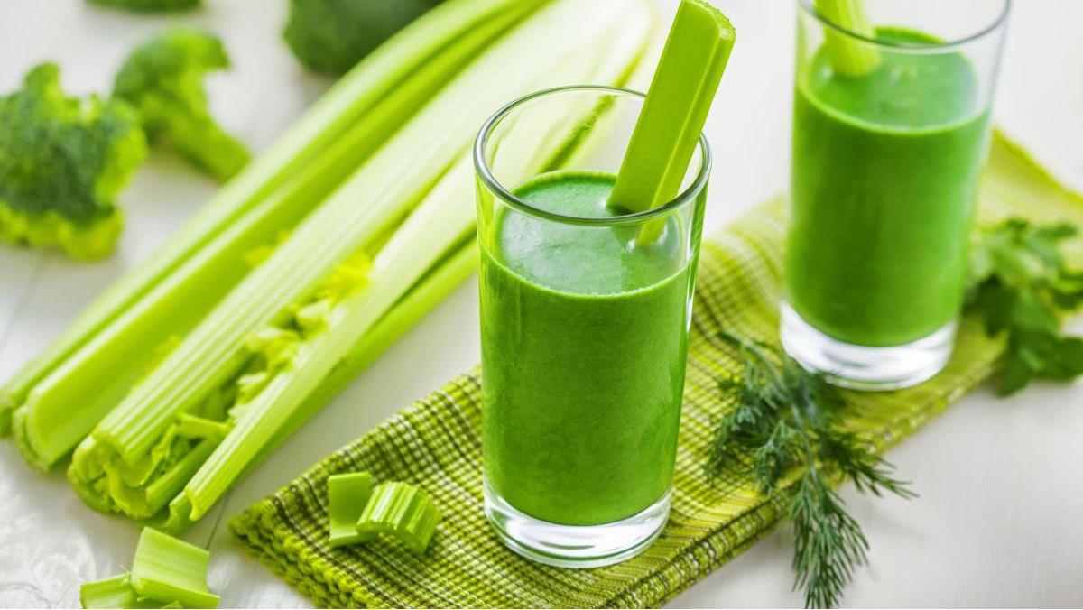 Nước ép là loại thức uống được làm từ trái cây, rau xanh