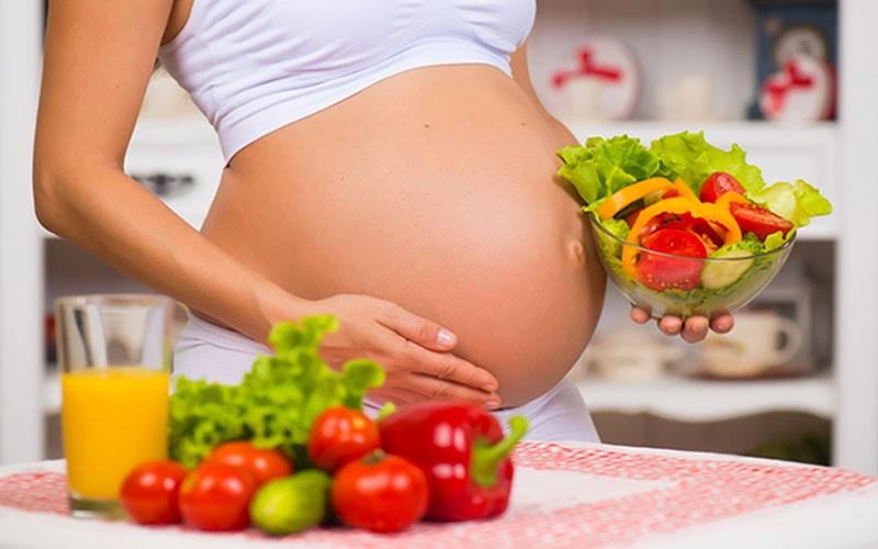 Chế độ ăn như thế nào tốt cho cả mẹ và con