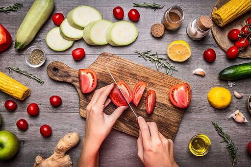 Bổ sung thực phẩm chức năng chứa Vitamin C hoặc Vitamin E