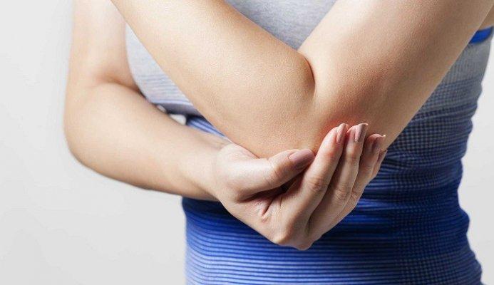 Da cánh tay khô không gây ảnh hưởng đến sức khỏe