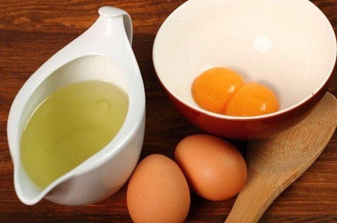 Trong lòng trắng trứng chứa rất nhiều dưỡng chất tốt cho da.
