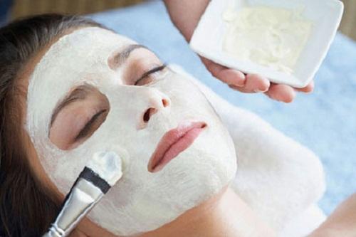 Tẩy da chết giúp làn da được nhanh chóng tái tạo