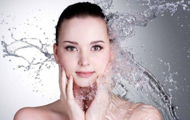 Bạn cần thực hiện đầy đủ các bước sau để dần lấy lại da mặt láng mịn