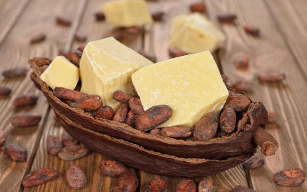 Trong bơ cacao hoặc bơ hạt mỡ chứa nhiều chất chống oxy hóa