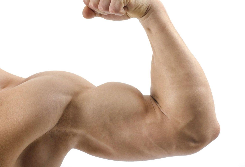 Tập gym, tập thể dục đúng cách để giảm rạn da bắp tay