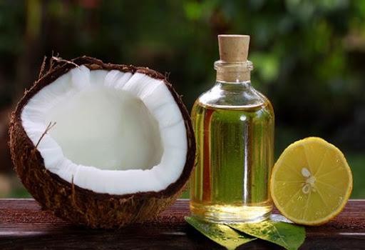 Dầu dừa luôn có tác dụng hiệu quả trong trị rạn da