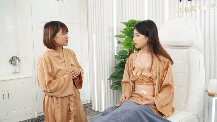 Chị Nguyễn Loan tâm sự: chữa rạn da sau sinh lần 2 không khó như tôi và nhiều chị em từng nghĩ. Tôi đã thử và thấy rằng việc này vô cùng nhẹ nhàng dễ chịu, hiệu quả vô cùng