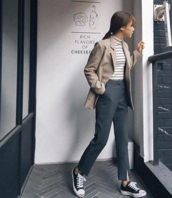 Cô gái trẻ Hà Thu hiện tại ổn định với công việc người mẫu ảnh quảng cáo