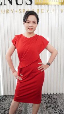 Chị Phượng sau khi thực hiện Giảm béo đa tầng tại Venus by Asian