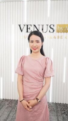 Chị Nhật Phương - khách hàng từ Úc trở về đã dành sự tin tưởng và hài lòng cho Tái sinh đa tầng tại Venus by Asian